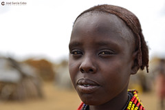20180925 Etiopía-Turmi (277) R01 (Nikobo3) Tags: áfrica etiopía turmi etnias tribus people gentes portraits retratos culturas travel viajes nikon nikond610 d610 nikon247028 nikobo joségarcíacobo