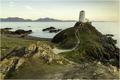 Llanddwyn Island, Anglesey (Charles Connor) Tags: llanddwynisland twrmawrlighthouse anglesey northwales seascapes landscapephotography landscape rocks lighthouses eveninglight naturephotography nature canondslr