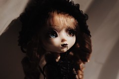 (hauntiing) Tags: pullip pullips noir doll dolls toy toys pullipnoir pullipdoll pullipphotography dollphotography toyphotography