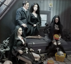 (Cremdon) Tags: 16scale actionfigures addams halloween