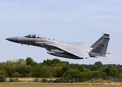 USAF F-15C 84-0027 (birrlad) Tags: fairford ffd riat royal international air tattoo aircraft aviation airplane airplanes airbase raf usaf united states airforce combat fighter attack supersonic jet mcdonnell douglas f15 f15c eagle 840027 departure departing climbing takeoff runway