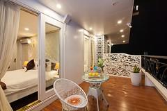 balcony-ancora-cruises-4