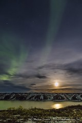 Lights on the Coppermine River - 6273 (Mathieu Dumond) Tags: arctic canada nunavut kugluktuk coppermineriver fall september night moon northernlights aurora boreal hills reflexion water clouds mathieudumond umingmakproductions landscape nature portrait vertical