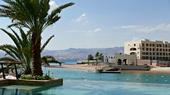 P1030600 (72grande) Tags: jordan aqaba almanarahotel sarayaaqaba redsea