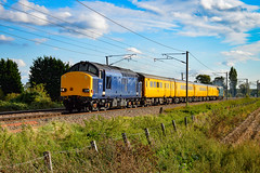 37612 + 37610  - Waterbeach - 14/09/18. (TRphotography04) Tags: hn rail on hire colas 37612 br small logo 37610 pass waterbeach working 1q99 1642 cambridge recp 13 march down rs