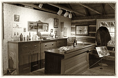 Museum of Dufferin (wessexman...(Mike)) Tags: infocus highquality tavern dufferincountymuseum hss sliderssunday
