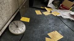 1 heure (ostplp) Tags: chimiques produits patrimoine perdu passé friche forgotten factory urbex usine oublié ruine oubli exploration abandonné ancien abandon industriel industrie horloge heure time clock
