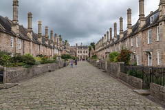 """Vicars Close in Wells, Somerset UK .Historic residential street close to Wells Cathedral where residents mostly work (Patrick Carpreau) Tags: engeland england gb uk unitedkigdom wells photoshopcc2018 somerset """"vicars close"""" nikon city street"""
