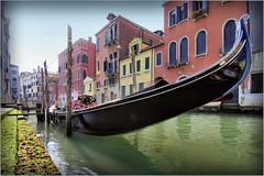 La gondola (Michelecimitan) Tags: michelecimitan venice venise venezia vénétie veneto italie italy italia europe europa gondole gondola