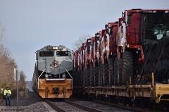 Binder Roll By (R.G. Five) Tags: up union pacific 1989 geneva sub rio grande frac sand ih combine case heritage train railroad
