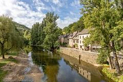 Belcastel, France (doublejeopardy) Tags: averyron beauxvilladedefrance belcastel france village aveyron fr