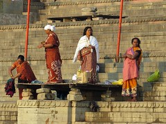 varanasi 2017 (gerben more) Tags: varanasi india benares women ghat