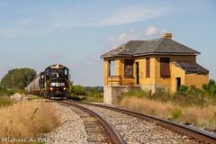 IBCX 815 @ La Crosse, IN (Michael Polk) Tags: indiana box car company ibcx ckin chesapeake railroad freight train emd sdm dmir 815 qn wade interlocking tower la crosse