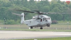 CH-53K King Stallion Arrival (AircraftLovers.com) Tags: 2018 planespotting aviation avgeek airport berlin berlinairport schönefeld schönefeldairport schonefeld schonefeldairport schoenefeld schoenefeldairport sxf eddb ber aircraft flugzeug plane aircraftlovers aircraftloversde aircraftloverscom bbi willybrandt ila ilaberlin ilaberlinairshow airshow ila2018 united states air force unitedstates airforce unitedstatesairforce ch53k king stallion arrival kingstallion ch53 marines unitedstatesmarines sikorsky 169019