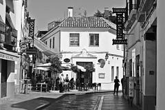 Calle Cardenal Gonzalez (just.Luc) Tags: córdoba spain spanje espagne españa spanien andalusië andalucía andalusien andalousie andalusia houses maisons huizen häuser bn nb zw monochroom monotone monochrome bw building gebouw gebäude bâtiment architectuur architecture architektur arquitectura street straat strasse rue calle europa europe