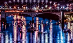 #Chattanooga #Cyberpunk  (6) Enjoy your Saturday my friends. #TennesseeRiver #WalnutStreetBridge #Reflection (Roland 22) Tags: chattanooga cyberpunk tennesseeriver walnutstreetbridge reflection