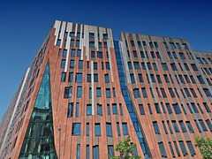 Hamburg Hafencity (madbesl) Tags: hamburg hafencity deutschland germany europa europe architektur architecture modernarchitecture modernearchitektur olympus omd em10 m10 omdem10 zuiko1250 überseequartier sumatrakontor