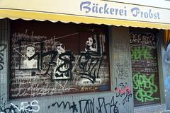 Streetart  Cologne (samgi2) Tags: cologne graffiti urban city köln kölsch nrw deutschland outdoor travel tourismus building colorful event europe farben germany kölle street photography art farbe kunst paint public wall colour sony belgischesviertel rhein architectur panorama kölner attractions flus river stadt people persons menschen personen imhoffschokoladenmuseum europa architektur bunt shrilly fun spass leute 2018