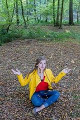 IMG_9464 (fab spotter) Tags: younggirl portrait forest levitation brenizer extérieur lumièrenaturelle