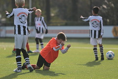 """HBC Voetbal • <a style=""""font-size:0.8em;"""" href=""""http://www.flickr.com/photos/151401055@N04/43910408680/"""" target=""""_blank"""">View on Flickr</a>"""