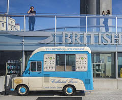 Day Tourists And An Ice Cream Van (grahambrown1965) Tags: britishairways britishairwaysi360 i360 icecream van icecreamvan ricohimagingcompanyltdpentaxk3ii ricoh pentax k3ii pentaxk3ii sigma 1020mm sigma1020mm brighton hove brightonandhove