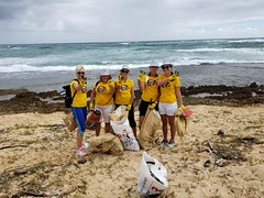 WhatsApp Image 2018-09-16 at 00.49.35-2 (Let's Do It World) Tags: hawaii wcd2018 worldcleanupday letsdoitworld letsdoit cleanup beach tshirts