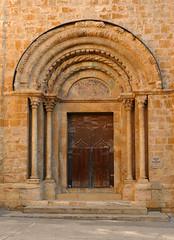 RACONS I DETALLS DE LLADÓ (Joan Biarnés) Tags: lladó eslesia iglesia porta puerta altempordà empordà girona 271 panasonicfz1000