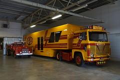 Scania 141 V8 E. van Sommeren met kenteken 85-BHF-8 tijdens de Dag van Historisch Transport in Druten 14-10-2018 (marcelwijers) Tags: scania 141 v8 e van sommeren met kenteken 85bhf8 tijdens de dag historisch transport druten 14102018 lkw truck trucks camion vrachtauto vrachtwagen nederland niederlande pays bas links een daf torpedo zv3574