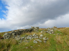 Ruined Crofthouse, Brawl, Sutherland, Sep 2018 (allanmaciver) Tags: brawl sutherland north coast scotland ruins croft house sad atmosphere mystery clouds darkening weather scattered allanmaciver