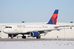 DAL A319 (djrxxs) Tags: cyycyyccalgary deltaairlines airbusa319