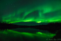 Big Dipper and Aurora in the Night Sky (incastar7) Tags: alaska starrynight stars bigdipper reflection lake green night north auroraborealis aurora northernlights