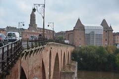 DSC_0140 (Lynn Rainard) Tags: rainard france october2018 montauban pont vieux 14th century brick bridge