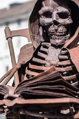 Sensenmann (der Sekretär) Tags: rostig rust rusty stain verrostet rost sensenmann dead death grimreaper tot skelett tod skeleton