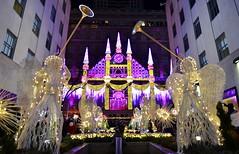 Rockefeller Center, 11.26.16 (gigi_nyc) Tags: holiday holidayshowwindows holiday2016 christmas christmas2016 showwindow nyc newyorkcity rockefellercenter