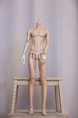 Dollstown 18yrs boy body + Dollshe Arsene hands (1) (rooksever) Tags: bjd bjdcomparison bjdhands dollshe fifthmotif bjdhybrid