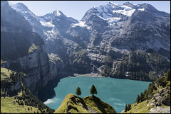 _SG_2018_09_0019_IMG_9915 (_SG_) Tags: schweiz suisse switzerland daytrip tour wandern hike hiking kandersteg lake oeschinen oeschinensee upper station heuberg panorama unterbärgli oberbärgli nature aussicht view unesco world heritage trail mountain berge loop
