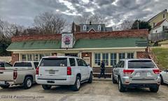 Yorktown Pub - Yorktown, VA (Paul Diming) Tags: pauldiming yorktownvirginia yorkcountyvirginia virginia yorkcounty yorktownpub historictriangle restaurant pub dailyphoto winter yorktown unitedstates us