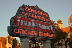 zehnder's sign (brown_theo) Tags: zehnders zehnder frankenmuth chicken dinner neon evening autumn oktoberfest september famous michigan