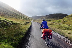 Bicycle Touring in Scotland - Bridge of Balgie (Doundounba) Tags: scotland cycling bicycle touring vélo cyclotourisme écosse tourism bridgeofbalgie