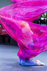 Woman dancing at Photokina in Cologne covered in pink scarf (verchmarco) Tags: photography messe kölnmesse köln 2018 cologne photokina beautiful schön fashion mode dancer tänzer dancing tanzen wear tragen girl mädchen color farbe art kunst love liebe people menschen music musik performance woman frau summer sommer motion bewegung festival desktop light licht water wasser exotic exotisch painting fountain herbst harbour hill spider national cielo pet tower