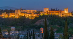 Sunset - Alhambra (valecomte20) Tags: alhambra spain spanje espana granada andalaucia andalousie palace foretesse arabic muslim nasrid nikon d5500 palaciodecarlosv palaciosnazaries iglesiadesantamariadelaalhambra sunset sky