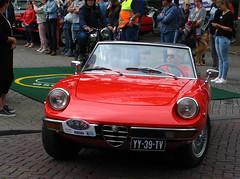 1978 Alfa Romeo 2000 Spider Veloce (rvandermaar) Tags: 1978 alfa romeo 2000 spider veloce alfaromeo alfaspider alfaromeospider sidecode4 yy39tv