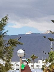 IMG-20180216-WA0000 (rugby#9) Tags: greysky clouds cloud outdoor canaries canaryislands tenerife mountains mountteide landscape forest mountainside trees palmtrees hotel building