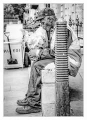 Waste can wait (sdc_foto) Tags: sdcfoto street streetphotography bw blackandwhite pentax k1 sweeper break london