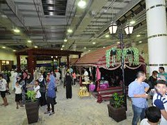 Shopping Destination In Oman (Oman Avenues Mall) Tags: shopping mall