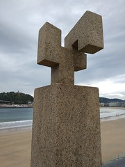 2018-10-11 11.38.03 (albyantoniazzi) Tags: sansebastián paisvasco basquecountry spain europe travel donostia chillida art sculpture