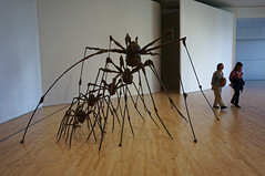 spiders (rovingmagpie) Tags: california sanfrancisco sfmoma louisebourgeois sculpture spiders spider museum art summer2018