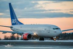 SAS - LN-RRN - B737-700 (Aviation & Maritime) Tags: lnrrn sas scandinavianairlines scandinavian boeing boeing737 b737 b737700 boeing737700 bgo enbr flesland bergenairportflesland bergenlufthavnflesland bergen norway