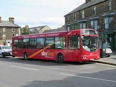 High Peak Buses 691 (FN04HSV) 30082018 (Rossendalian2013) Tags: highpeakbuses centrebus trentbarton bowers bus buxton scania l94ub wright solar fn04hsv skyline