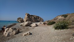 Petra tou Romiou (Aphrodite's Rock) (marco_ask) Tags: mesesettembre rock panorama cielo erba mare spiaggia sentiero cespuglio sole nuvole sabbia stone